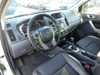 Ford Ranger LTD 2.2 TDCi 4x4 A 55'480 km CHF23'900 - buy on carforyou.ch - 3