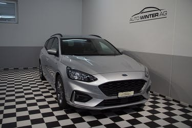 Ford Focus 1.5 TDCi ST Line Automatic 600 km CHF26'290 - buy on carforyou.ch - 3