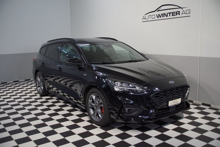 Ford Focus 2.0 TDCi ST Line X Automatic 6'800 km CHF28'900 - buy on carforyou.ch - 1