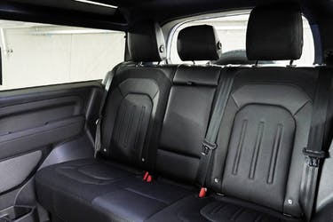 Land Rover Defender 90 2.0 Si4 X-Dynamic SE 23 km CHF85'900 - acheter sur carforyou.ch - 3