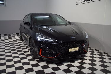 Ford Focus ST 2.3 EcoBoost ST 17'600 km CHF33'800 - buy on carforyou.ch - 2