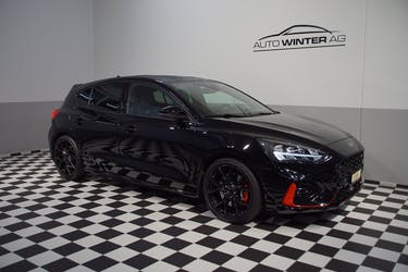 Ford Focus ST 2.3 EcoBoost ST 17'600 km CHF33'800 - buy on carforyou.ch - 3