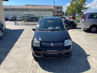 Fiat Panda 1.3 16V JTD Climbing 4x4 153'000 km CHF4'900 - buy on carforyou.ch - 2
