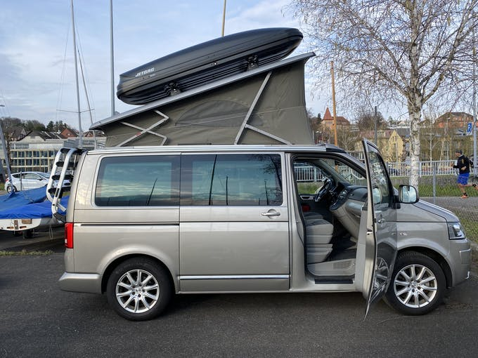 VW T5 california 3000 2.0 Tdi 140 4m 129'000 km CHF22'000 - acquistare su carforyou.ch - 1