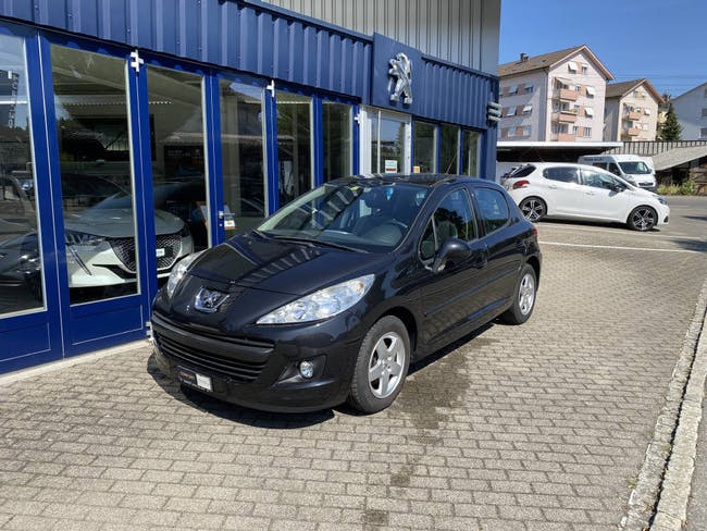 Peugeot 207 1.4 16V 95 Swiss Edition TC 99'633 km CHF4'800 - kaufen auf carforyou.ch - 1