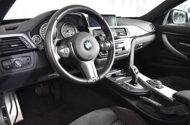 BMW 4er 435i xDrive Coupé M-Sport Steptronic 94'500 km CHF24'800 - buy on carforyou.ch - 2