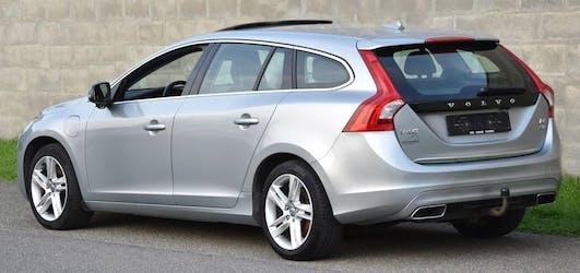 Volvo V60 D6 AWD Plug-in Hybrid Summum Geartronic 172'000 km CHF7'800 - buy on carforyou.ch - 2