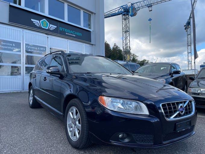 Volvo V70 D3 Momentum Geartronic 152'000 km CHF9'800 - buy on carforyou.ch - 1