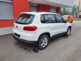 VW Tiguan 1.4 TSI BlueMotion Trend&Fun 4x2 103'900 km CHF11'000 - buy on carforyou.ch - 3