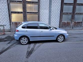 SEAT Ibiza 1.4 16V Signo 213'000 km CHF2'199 - buy on carforyou.ch - 2