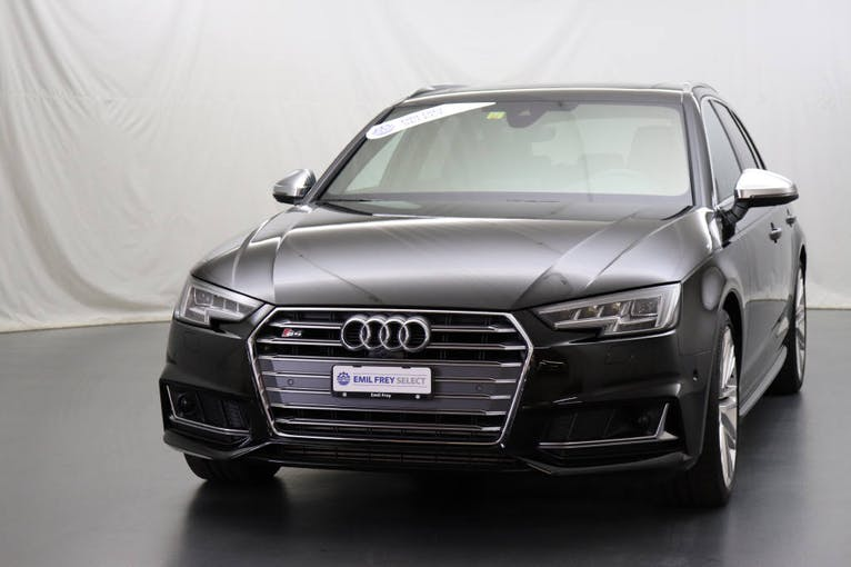 Audi S4 / RS4 S4 Avant 3.0 V6 TFSI quattro S-Tronic 52'000 km CHF45'500 - buy on carforyou.ch - 1