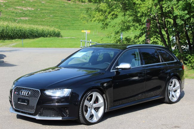Audi S4 / RS4 RS4 Avant 4.2 FSI quattro 123'800 km CHF31'800 - buy on carforyou.ch - 1