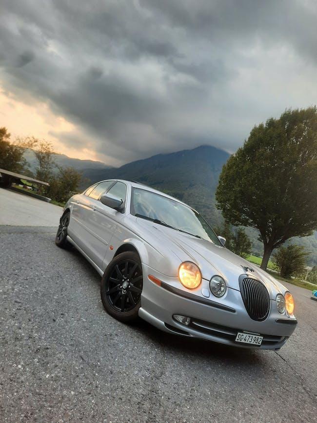 Jaguar S-Type 4.0 V8 250'000 km CHF2'800 - acheter sur carforyou.ch - 1