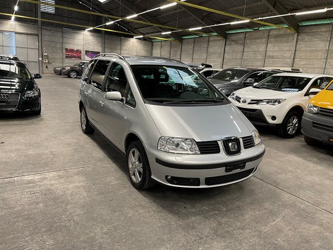 SEAT Alhambra 1.9 TDI Sport 4x4 192'000 km CHF8'800 - buy on carforyou.ch - 1