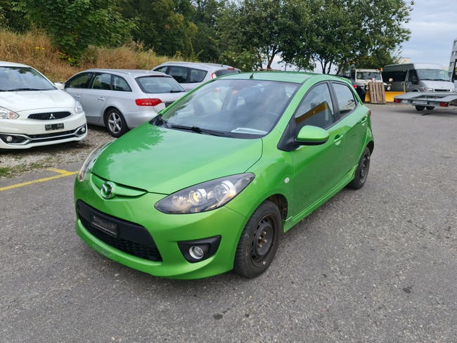 Mazda 323 2 1.5 BENZIN 2009 BAUJAHR 140.000KM 140'000 km CHF2'600 - buy on carforyou.ch - 1