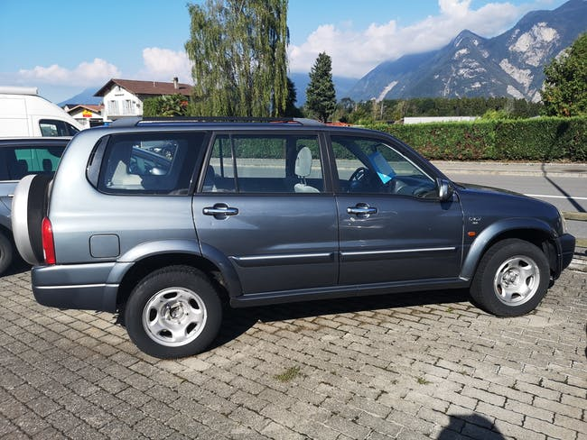 Suzuki Vitara Grand Vitara XL-7 Wagon 2.7 V6 24V 85'000 km CHF8'900 - acheter sur carforyou.ch - 1