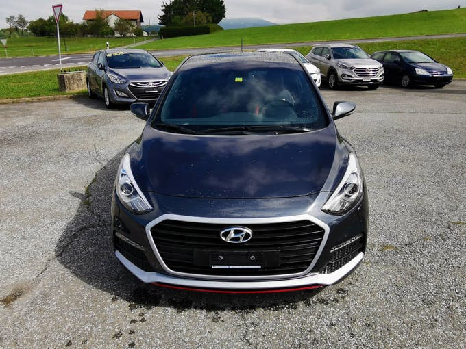 Hyundai i30 1.6 Turbo Vertex 72'610 km CHF15'600 - buy on carforyou.ch - 1