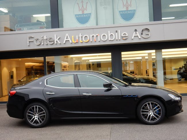 Maserati Ghibli 2.0 Hybrid Essence 11'000 km CHF77'800 - kaufen auf carforyou.ch - 1