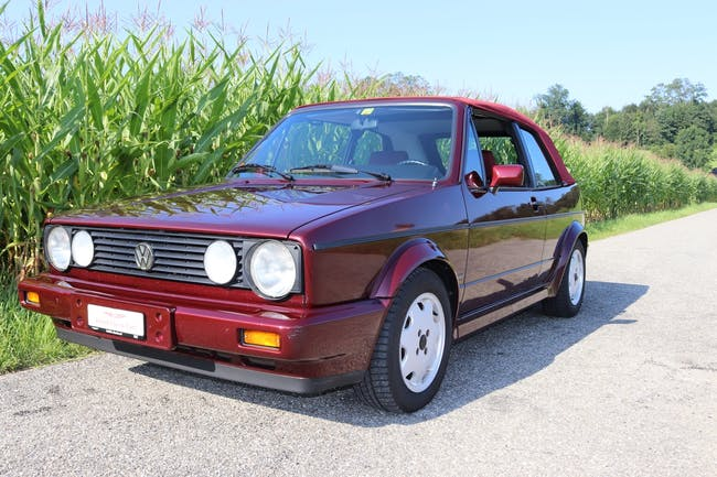 VW Golf Cabrio Etienne Aigner 87'000 km CHF22'800 - buy on carforyou.ch - 1