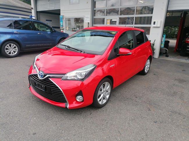 Toyota Yaris 1.5 VVT-i HSD Trend 11'800 km CHF17'500 - buy on carforyou.ch - 1