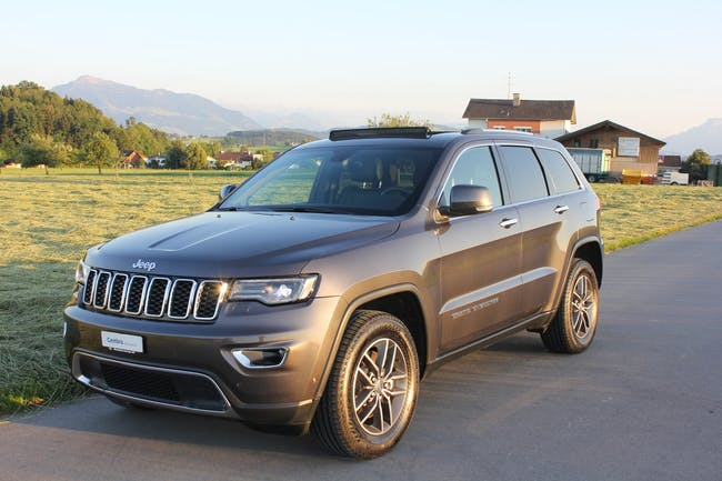 Jeep Grand Cherokee 3.0 CRD Limited Automatic 89'000 km CHF32'800 - buy on carforyou.ch - 1