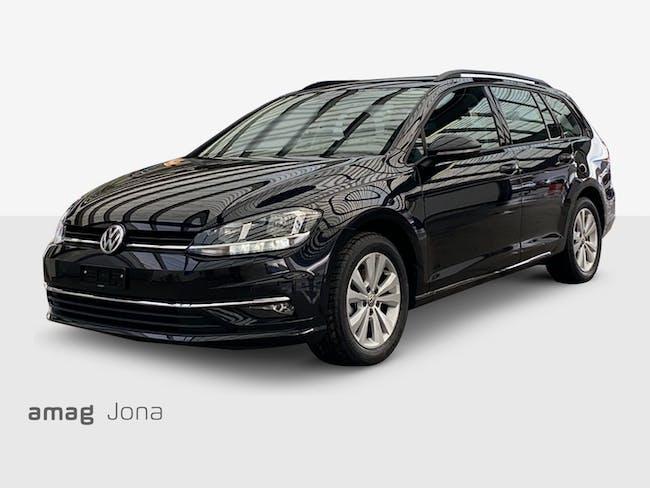 VW Golf Variant Comfortline 24'000 km CHF24'999 - buy on carforyou.ch - 1