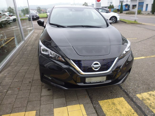 Nissan Leaf Tekna(incl.battery) 8'500 km CHF23'500 - buy on carforyou.ch - 1