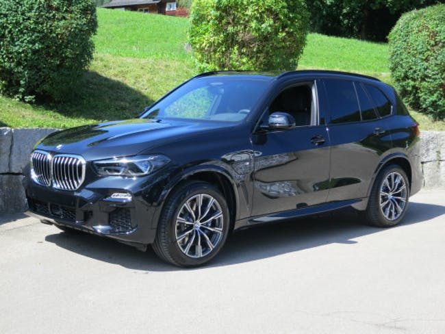BMW X5 xDrive45e M Sport 10 km CHF112'800 - buy on carforyou.ch - 1
