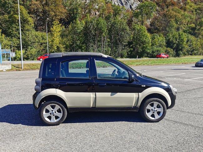 Fiat Panda 1.3 16V JTD Cross 4x4 99'850 km CHF4'900 - buy on carforyou.ch - 1