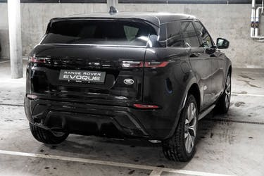Land Rover Range Rover Evoque 2.0 T 250 R-Dynamic SE 2'000 km CHF76'900 - buy on carforyou.ch - 2