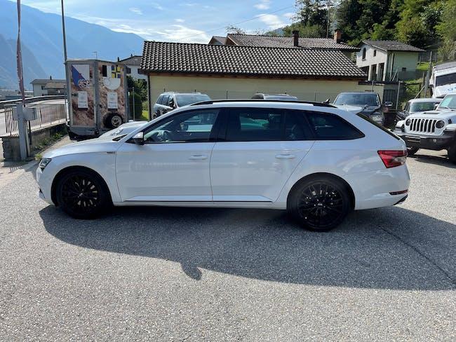 Skoda Superb Combi 2.0 TSI SportLine Plus 4x4 DSG 28'000 km CHF39'990 - buy on carforyou.ch - 1