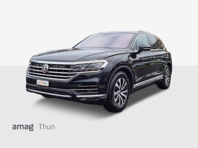 VW Touareg New Touareg Elegance 27'800 km CHF64'850 - buy on carforyou.ch - 1