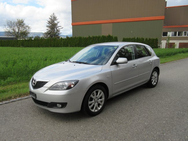 Mazda 3 Hatchback 1.6 Exclusive 153'500 km CHF5'200 - acheter sur carforyou.ch - 1