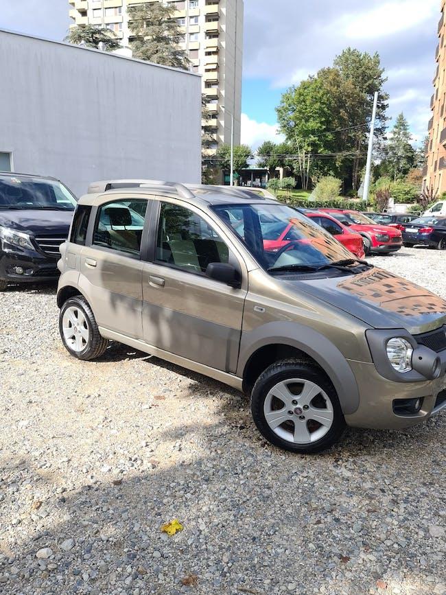 Fiat Panda 1.3 16V JTD Cross 4x4 116'650 km CHF6'500 - buy on carforyou.ch - 1