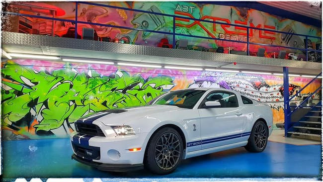 Ford Mustang 2014er Ford Mustang Shelby GT500, weiss, 5.8L V8 mit 662 PS! 25'000 km CHF65'000 - buy on carforyou.ch - 1