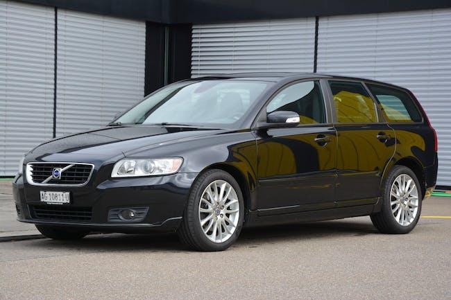 Volvo V50 2.4I Momentum Geartronic 155'600 km CHF7'900 - buy on carforyou.ch - 1