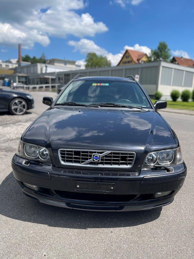Volvo S40/V40 V40 2.0 255'500 km CHF800 - buy on carforyou.ch - 1