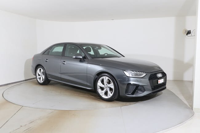 Audi A4 35 TFSI S line Black Edition S-tronic 10'000 km CHF34'800 - buy on carforyou.ch - 1