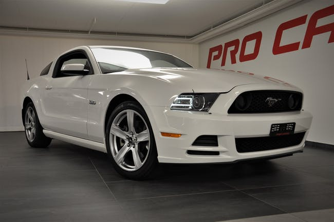 Ford Mustang 5.0 V8 GT 2013-Modell 31'000 km CHF34'800 - buy on carforyou.ch - 1