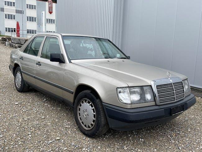Mercedes-Benz E-Klasse 300 E 4-Matic 320'000 km CHF2'700 - buy on carforyou.ch - 1