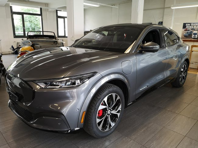 Ford Mustang Mach-E AWD 99 kWh 150 km CHF74'040 - kaufen auf carforyou.ch - 1