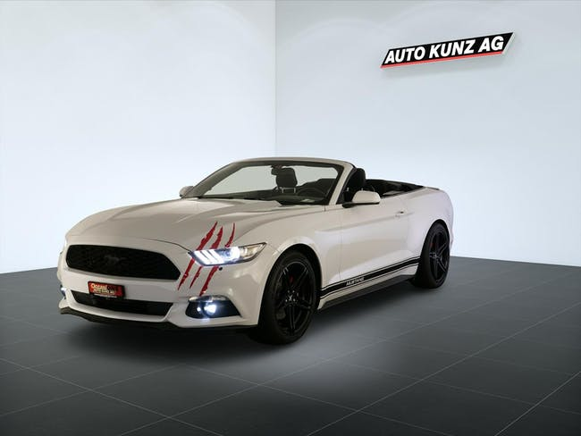 Ford Mustang Convertible Red Aut. V6 3.7 317Ps 98'415 km CHF30'789 - buy on carforyou.ch - 1