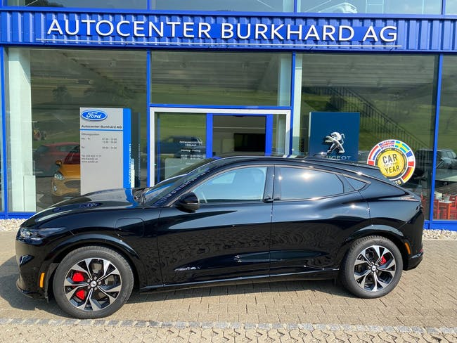 Ford Mustang Mach-E Extended AWD 3'000 km CHF72'340 - kaufen auf carforyou.ch - 1