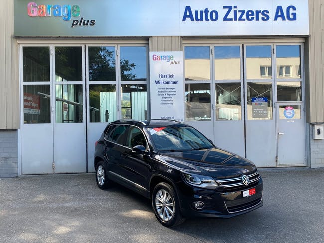 VW Tiguan 2.0 TSI Sport&Style 4Motion 107'000 km CHF16'800 - buy on carforyou.ch - 1