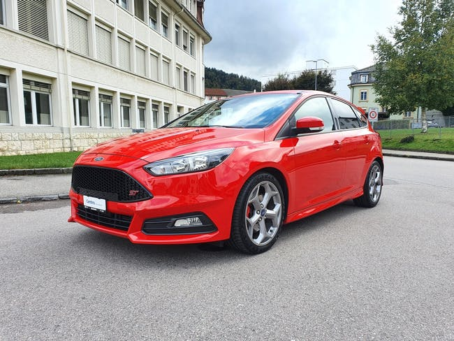 Ford Focus 2.0 SCTi ST2 70'200 km CHF18'900 - buy on carforyou.ch - 1
