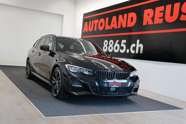 BMW 3er 330i Touring xDrive Pure M Sport Steptronic 11'900 km CHF48'990 - buy on carforyou.ch - 1