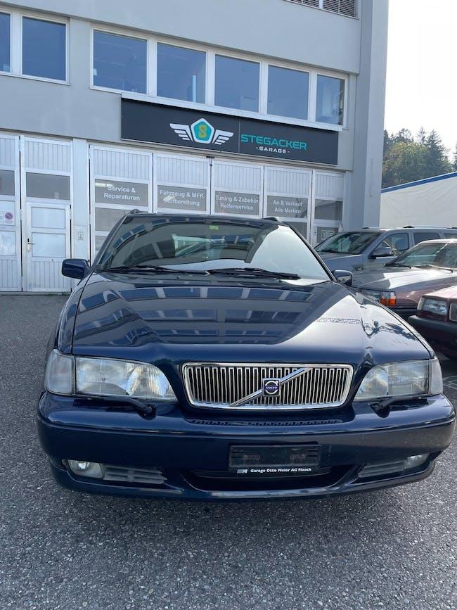 Volvo V70 2.4 T 188'000 km CHF5'900 - buy on carforyou.ch - 1