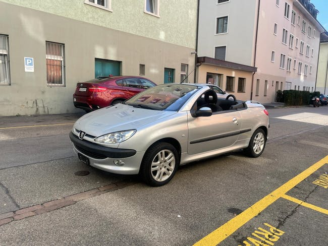 Peugeot 206 CC 1.6 16V 130'000 km CHF2'700 - acquistare su carforyou.ch - 1