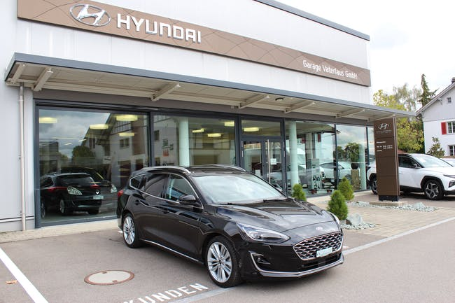 Ford Focus 1.5 SCTi Vignale Automatic 5'950 km CHF27'490 - buy on carforyou.ch - 1