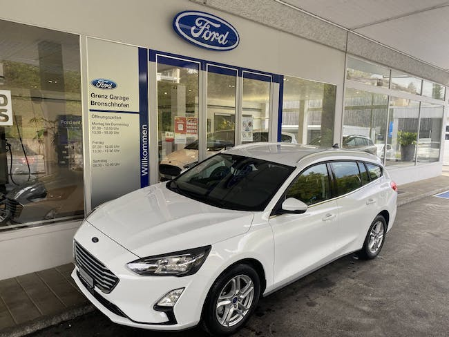 Ford Focus Station Wagon 1.0i EcoB 125 Cool & Connect 10 km CHF29'900 - buy on carforyou.ch - 1
